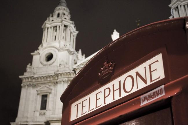 Telefonica vende su negocio de banda ancha a Sky