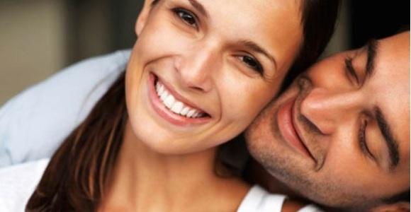 pareja-feliz-thinkstock